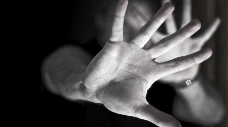 Menina passa mal em razão de embriaguez e é vítima de estupro coletivo