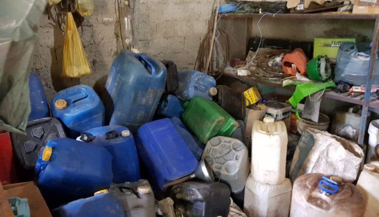 A CASA CAIU: Polícia flagra venda ilegal de combustível em Conceição do Jacuípe