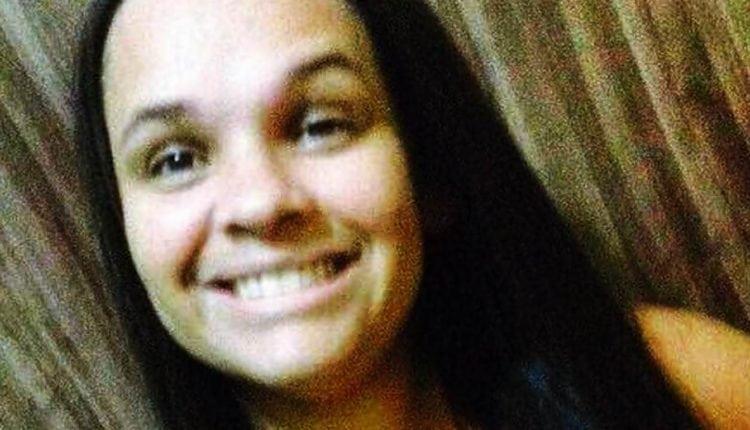 SANGUE FRIO: Homem dá 11 facadas na ex e chora ao saber que ela morreu