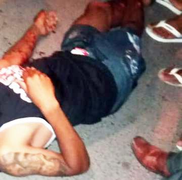 Jovem é assassinado com vários tiros na Rua Nova