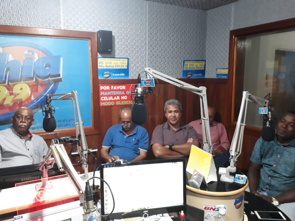 Prefeito de Teodoro Sampaio vai a rádio Mix Bahia FM