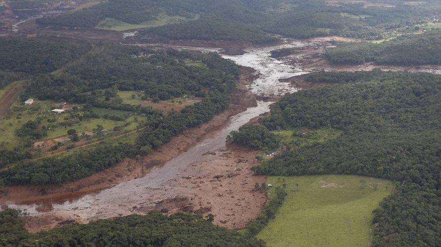 Número de mortes chega a 84 e 276 desaparecidos em Brumadinho