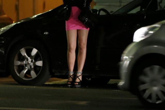 As adolescentes francesas que se prostituem porque 'é moda'