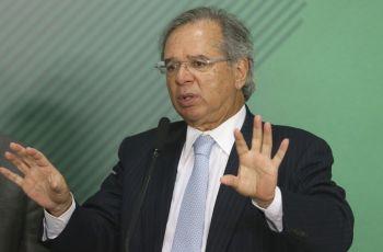 Guedes diz que governo trabalha para reduzir, não aumentar impostos