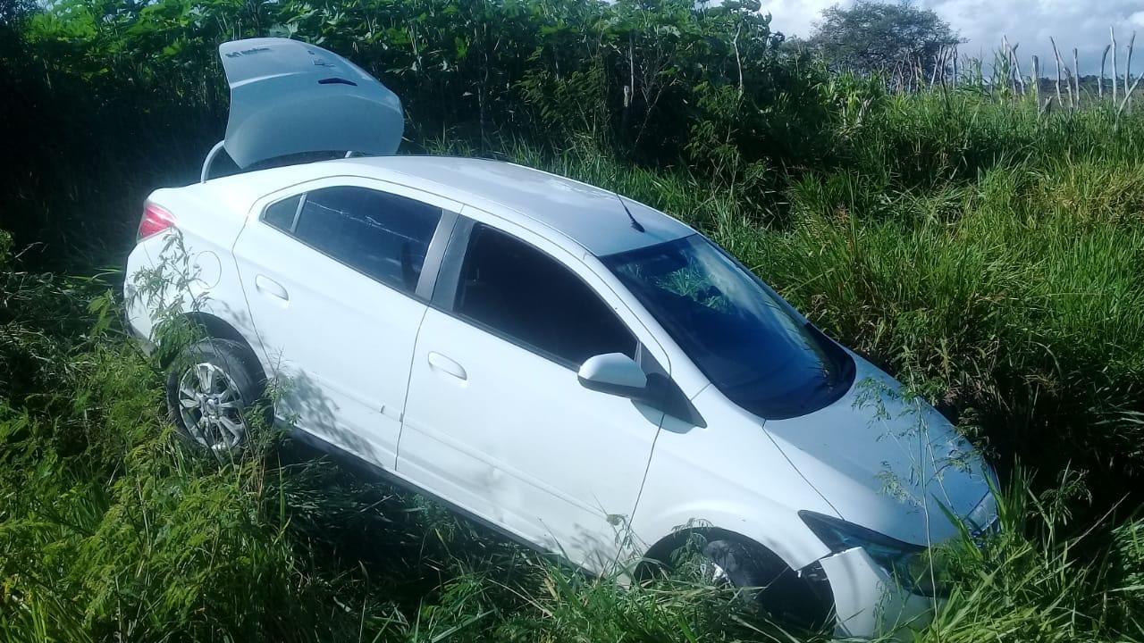 Após assaltar veículo em Conceição do Jacuípe, bandidos se deparam com Cael e fogem