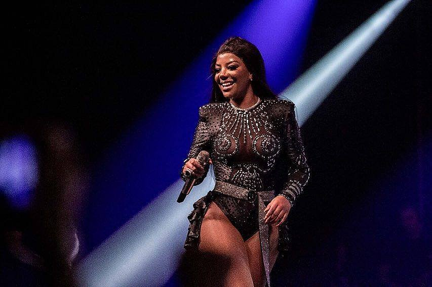 'Não consigo mexer da cintura para baixo', diz Ludmilla após cancelar shows