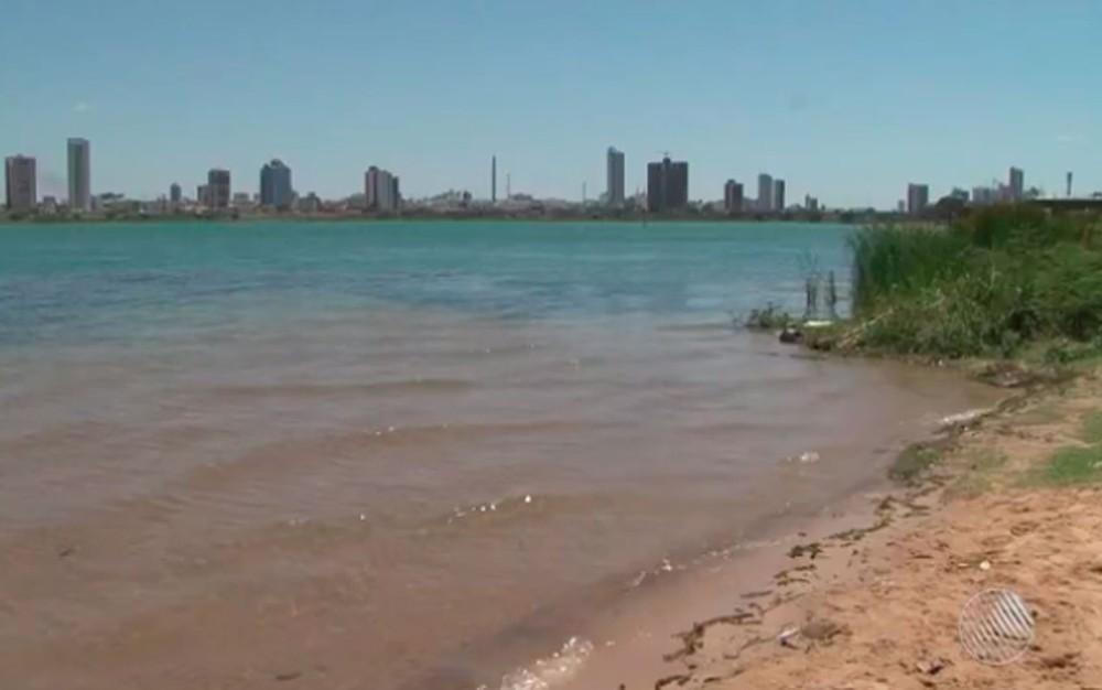 Menino de 8 anos é encontrado morto após se afogar no Rio São Francisco