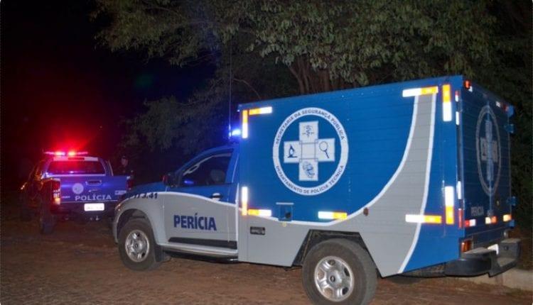 Irará: Jovem é encontrado morto dentro de residência