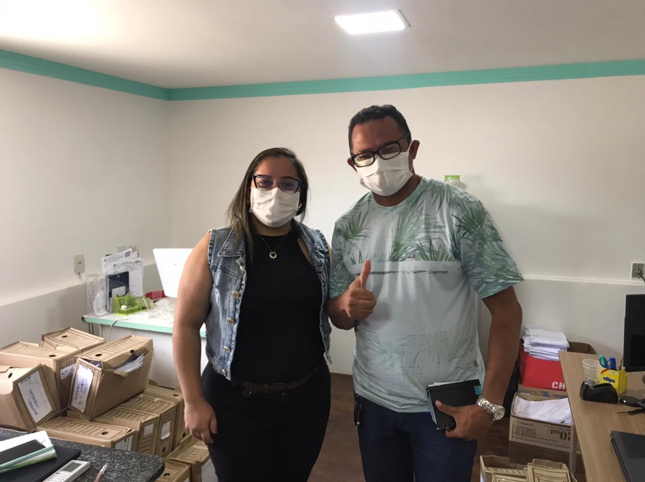 O Diretor do Hospital Eduardo Gomes Brito, em Santanópolis, Valério Ribeiro, participou nesta quarta-feira (14/4) de uma reunião com a direção do Hospital Ângelo Martins (Coração de Maria) para viabilizar serviços para a população.