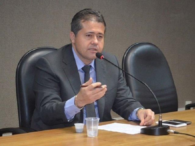 Deputado estadual quer fotografia de medidor de água e luz na conta do consumidor