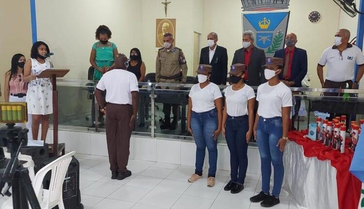 Comandante da 20ª CIPM, participa de formatura em Teodoro Sampaio