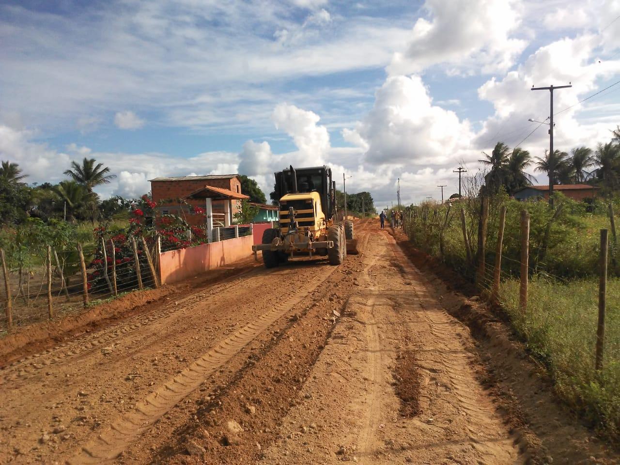 PEDRÃO: Prefeitura atende vereador Marcelinho da Petrol e recupera estradas na zona rural
