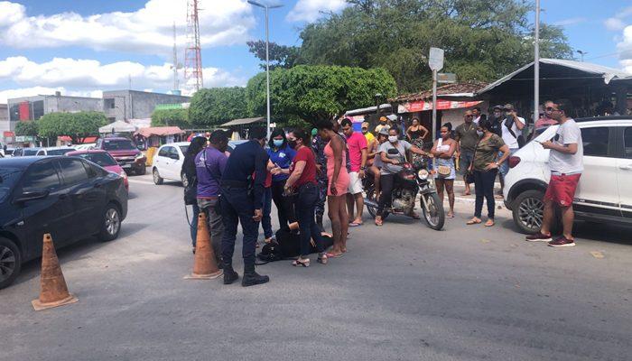BERIMBAU: Acidente entre moto e bicicleta é registrado no centro da cidade