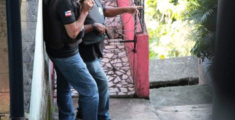 MONSTRUOSIDADE! Preso homem acusado de matar o próprio pai com pedradas na cabeça