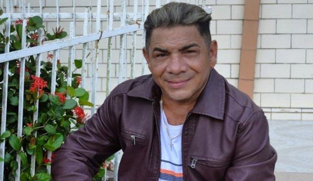 Edésio Nascimento, o 'Milionário do Brega', sofre acidente de moto e é internado no Maranhão
